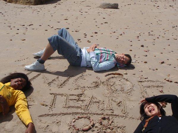 2008 November Lea (Fra), Kristoff (Belgium), Asami (Japan) at a local beach