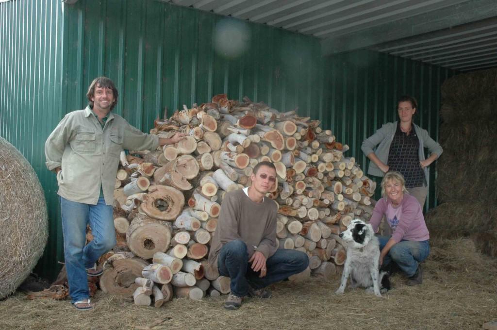 2009 April Steve Jerome (Fra), Ruth, Florie (Fra) and Jenny