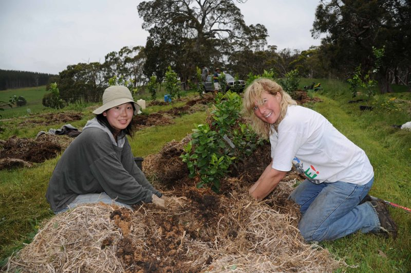 2009 October Waka (Jpn) and Ruth