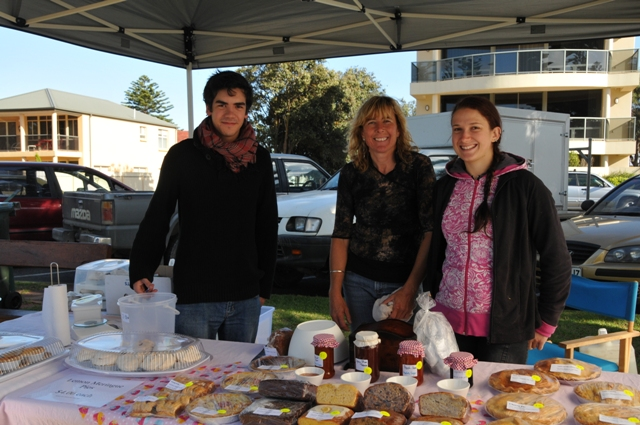 2012 January Clemont (Fra), Ruth and Maelin (Fra) selling Yerelina produce at a local market